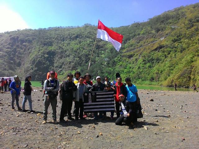 ahmadiyah-tasikmalaya-pemuda-gunung-galunggung