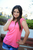 Prabhajeet Kaur Glamorous Photo shoot-thumbnail-57