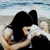 nos sentaremos juntos frente al mar,