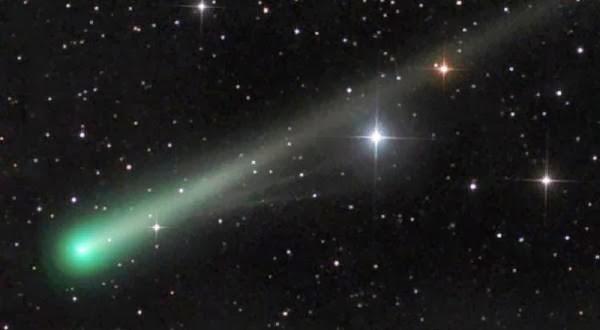 Ekor Hijau Terang dari Komet ISON Berhasil Diabadikan