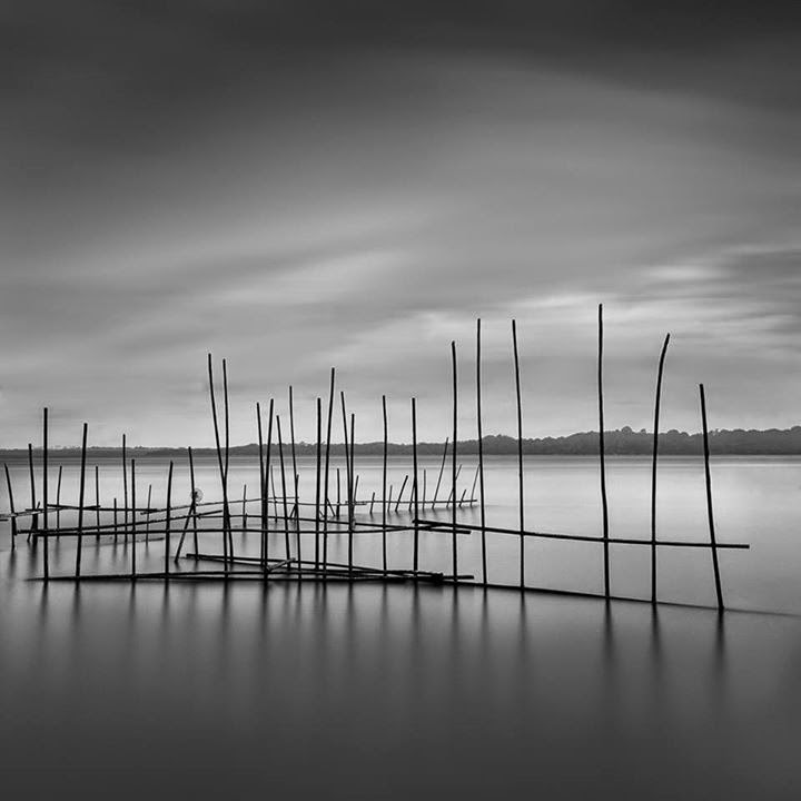 13-Jamal-Alias-Black-and-White-Long-Exposure-Photographs-www-designstack-co