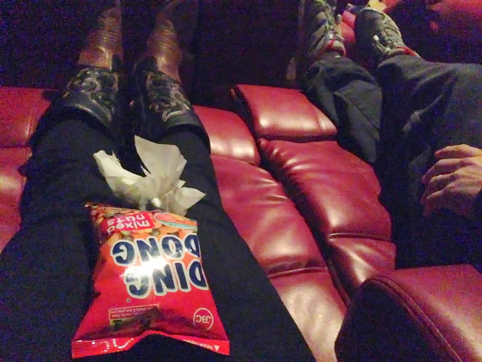 Red Plush Recliners at AMC Theater & Red Plush Recliners at AMC Theater ~ The Dias Family Adventures islam-shia.org