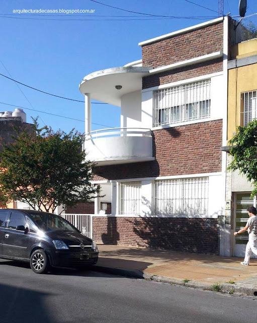 Arquitectura de casas fachada de casa urbana estilo for Estilos de casas arquitectura