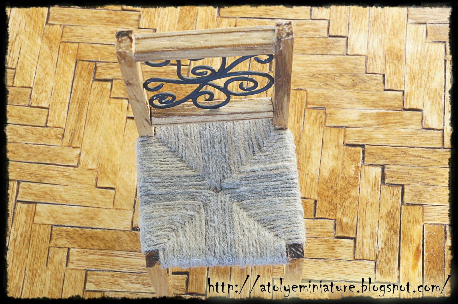 1:12 chair
