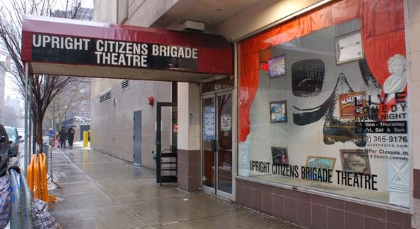 Stand-up comedy no Upright Citizens Brigade em Nova York