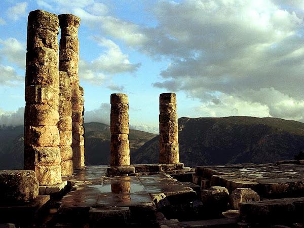 Δελφικές Εντολές - Η κληρονομιά των Ελλήνων
