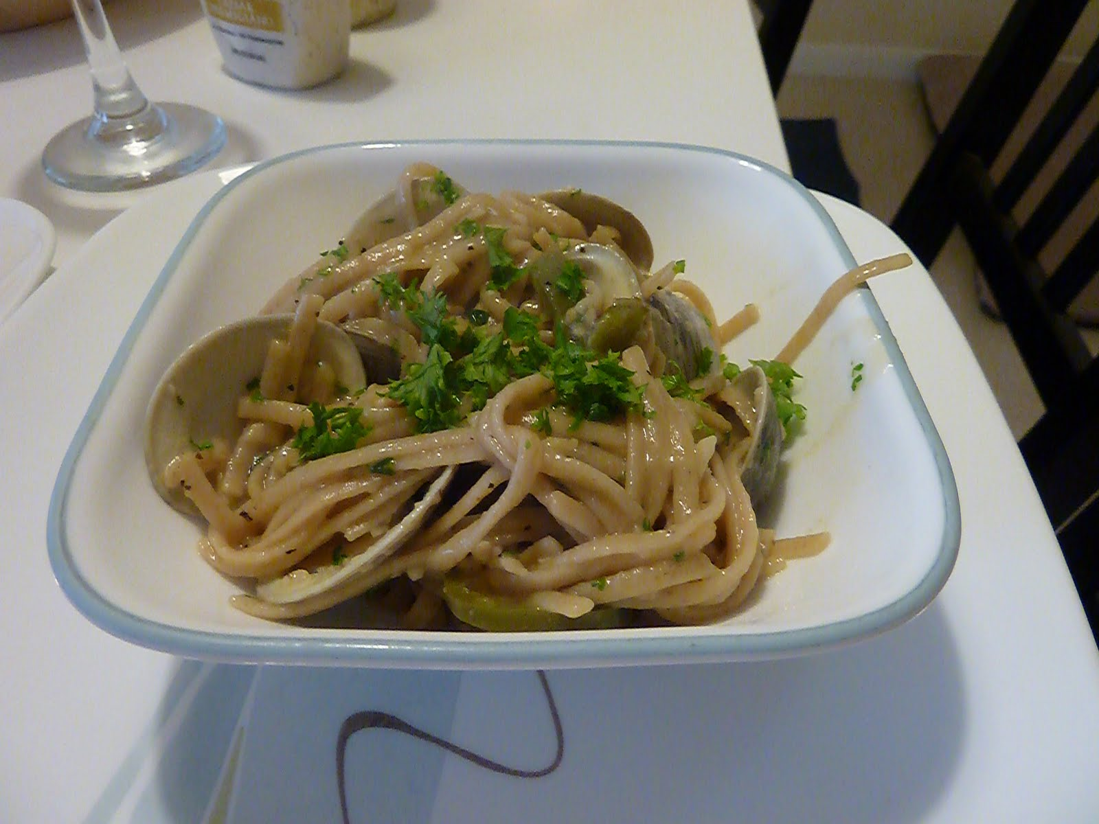 ... Flying Bread Machine: Spicy Whole Wheat Spaghetti and Drunken Clams
