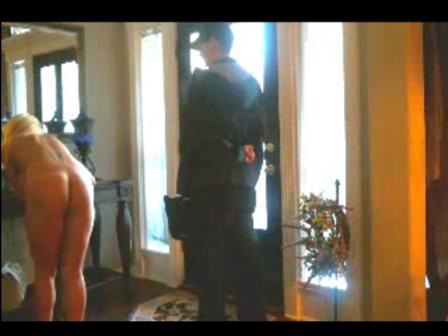 Abrir la puerta de casa desnuda - malagasensualcom