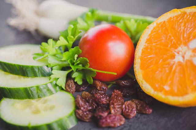 Zutaten für Quinoa Salat orientalisch