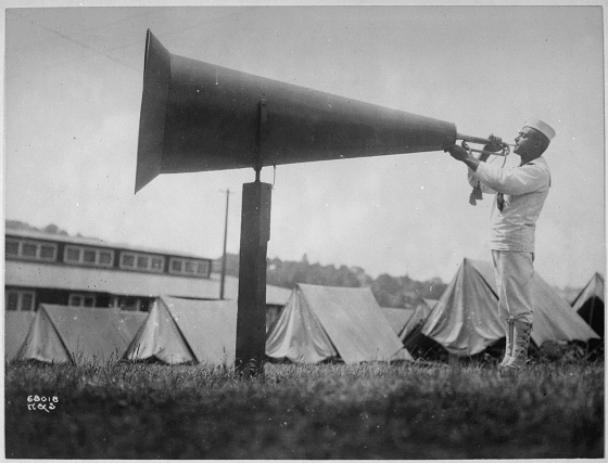 http://commons.wikimedia.org/wiki/File:%22Getting_em_up%22_at_U.S.Naval_Training_Camp,_Seattle,_Washington._Webster_%5Eamp,_Stevens._-_NARA_-_533698.tif