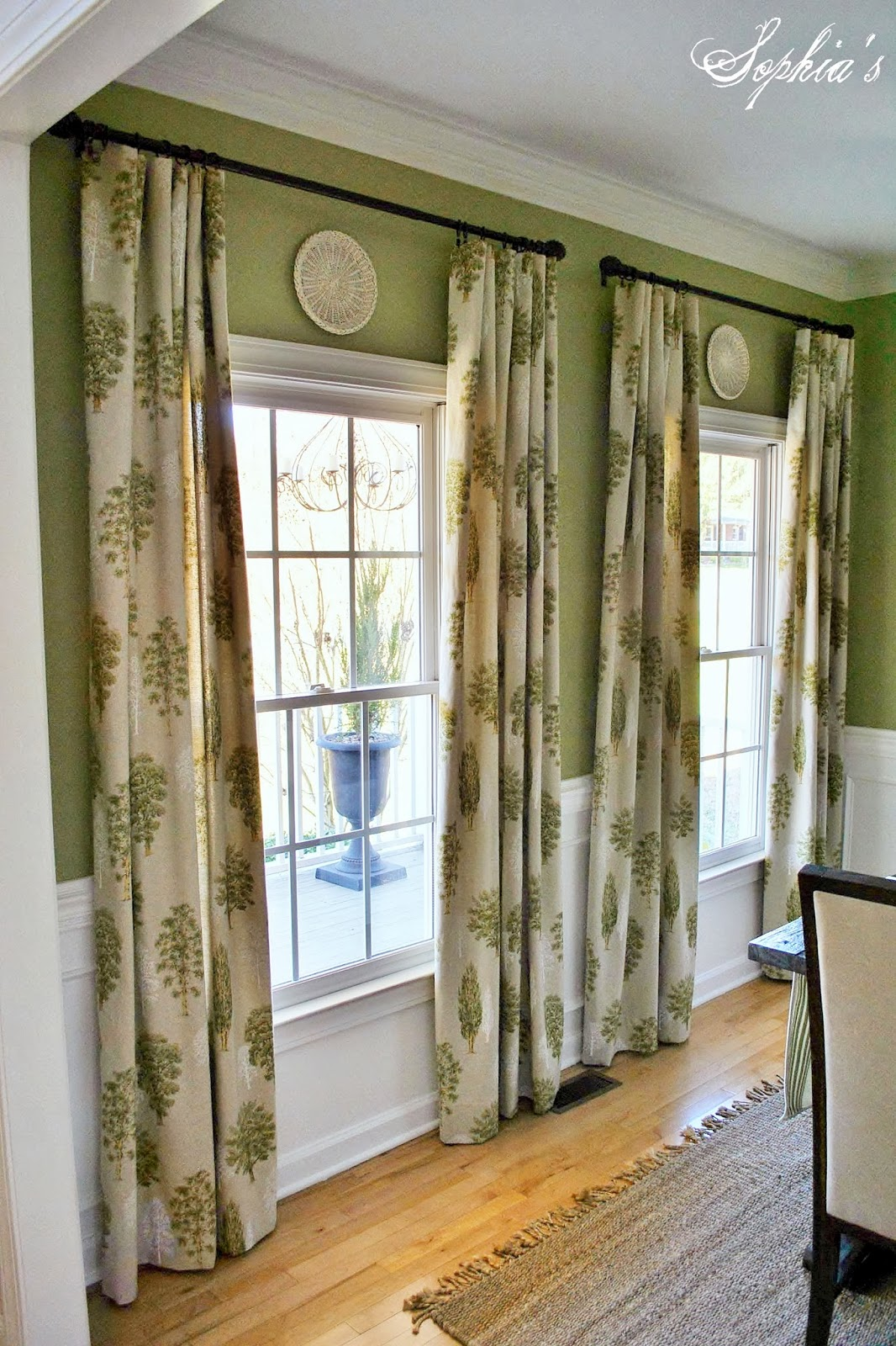 Sophia 39 s details in the dining room Dining room window curtains