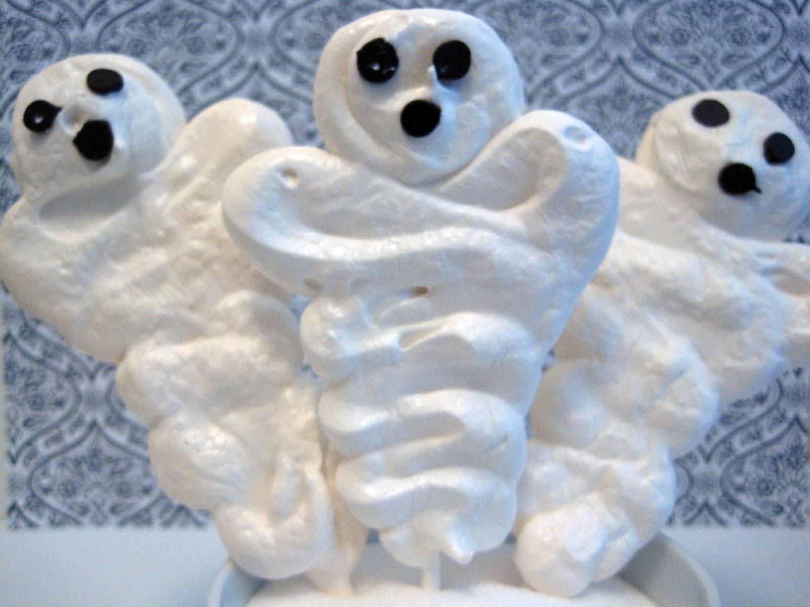 Baking in the 'Burg: Happy Halloween: Meringue Ghosts and Pumpkins