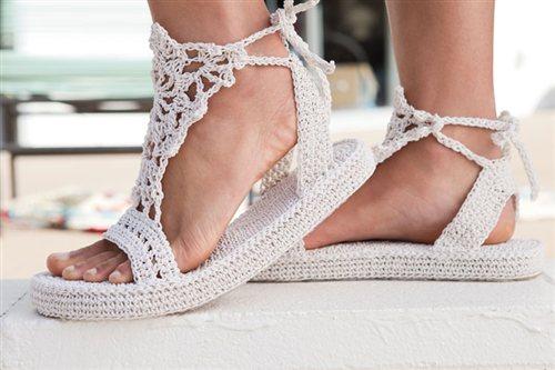 Sandalia a crochet,modelo para mujeres