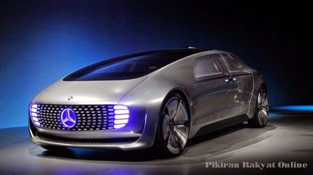 """Mercedes Perkenalkan Mobil """"Self-driving"""" Mewah F015"""