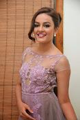 Seerath Kapoor glamorous photos-thumbnail-4
