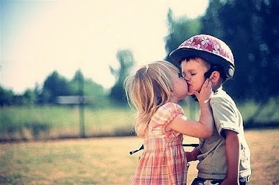 Little Kids brother and sister Kissing Photos and sharing love to Download