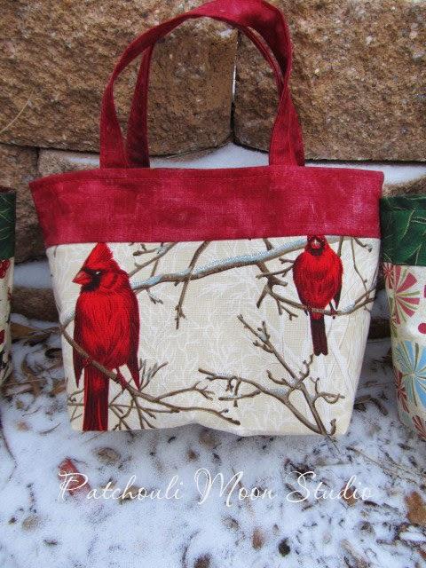 Patchouli Moon Studio: Fabric Christmas Gift Bags
