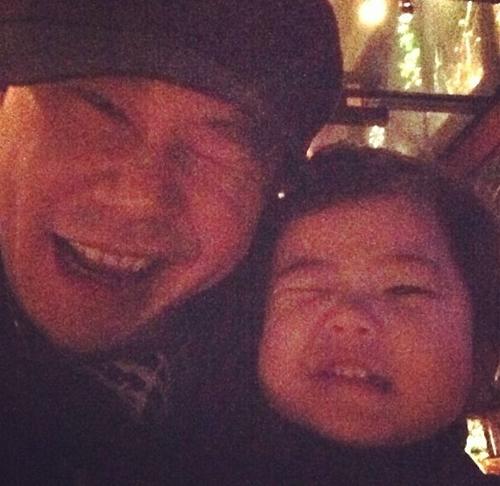 Yang Hyun Suk with Daughter