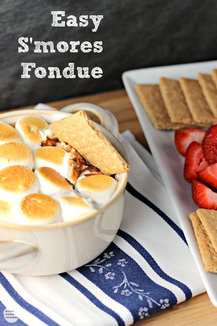 Easy S'mores Fondue | by Renee's Kitchen Adventures - Easy recipe for a s'mores inspired dessert made indoors!  Ooey, gooey deliciousness!  #letsmakesmores #ad