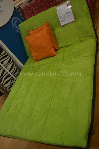 My small world apa yang ada di courts mammoth for Sofa bed yang bagus merk apa