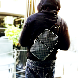 Louis Vuitton Backpack Avenue Sling Damier Graphite and belt.