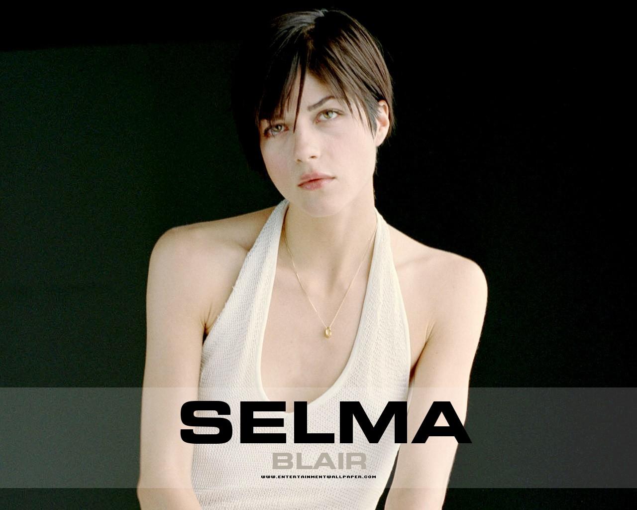 http://4.bp.blogspot.com/-qpim_02hW3k/Tk_Ck8vFiUI/AAAAAAAAMDk/WDdlDinHW0c/s1600/selma_blair01.jpg