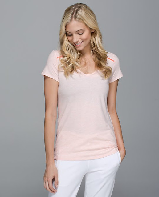 lululemon-superb-tee-blush