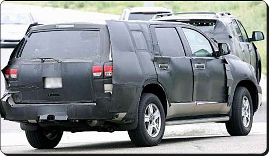 2017 Toyota Sequoia Spy Photos