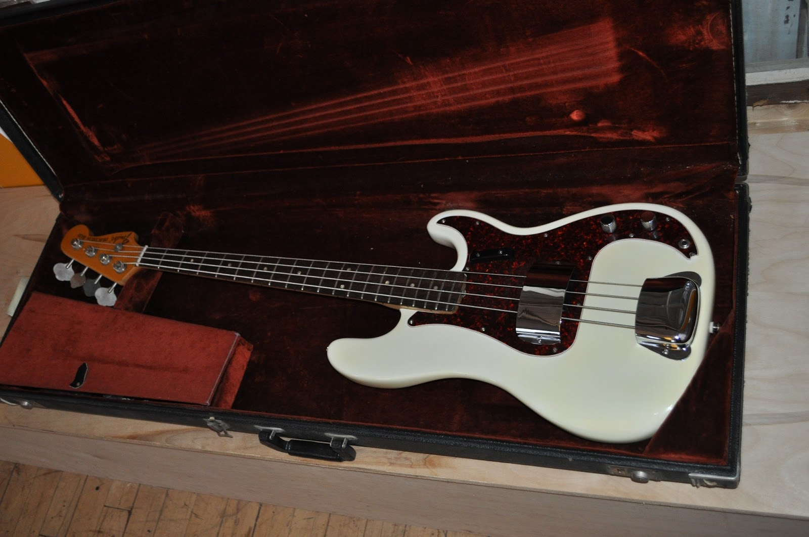 The Guitar Garage Sold 1972 Fender Precision P Bass Olympic