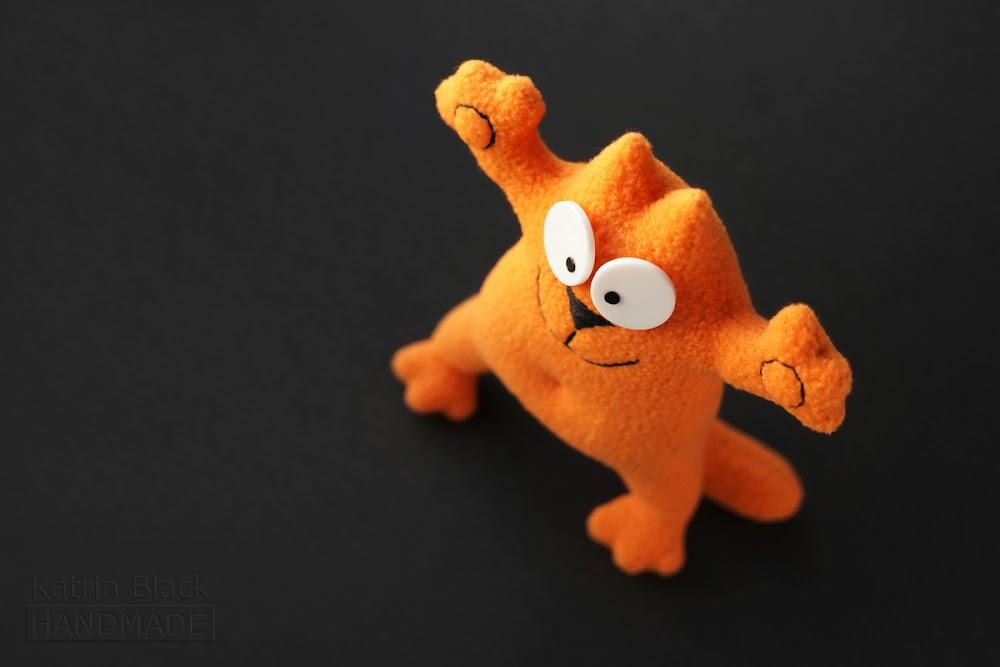 Котик Саймон с гнущимися лапками! Игрушка на проволочном каркасе. Сам стоит.