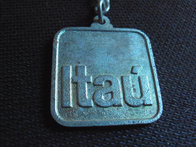 http://4.bp.blogspot.com/-qqft5Etz8jk/TdmMBPJk0rI/AAAAAAAAEtc/oY5gZm8ez5k/s1600/chaveiros%2Balbuns%2B019.JPG