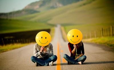 """""""A alegria é um medicamento divino."""""""