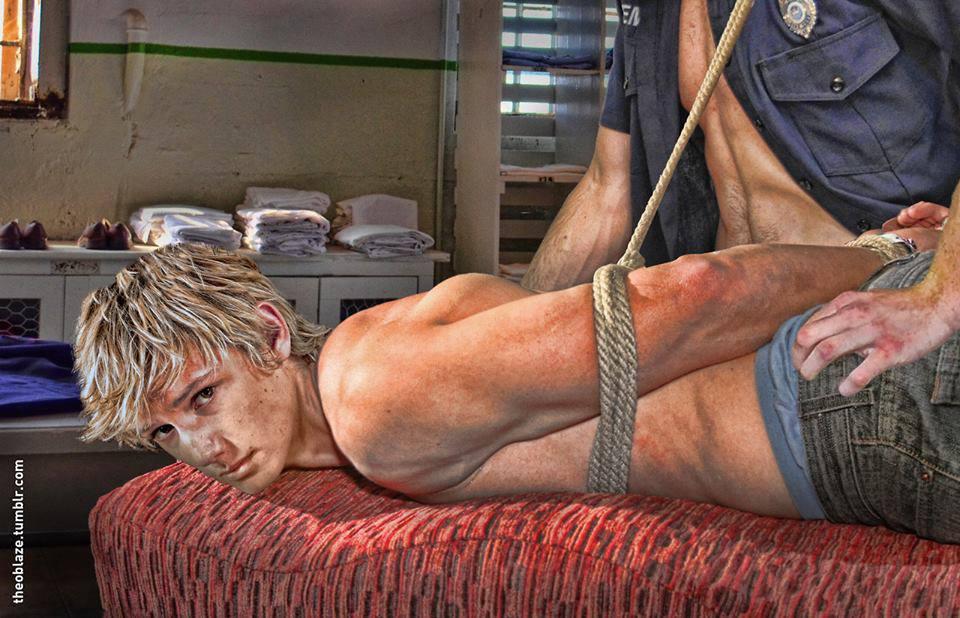 eckeroline homo s-etukortti bondage pics