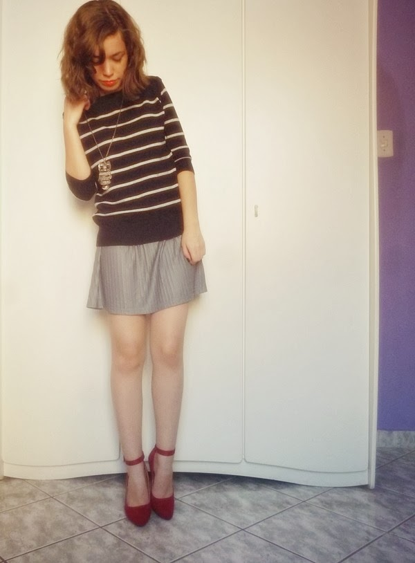 suéter listrado, saia plissada, boutique 96