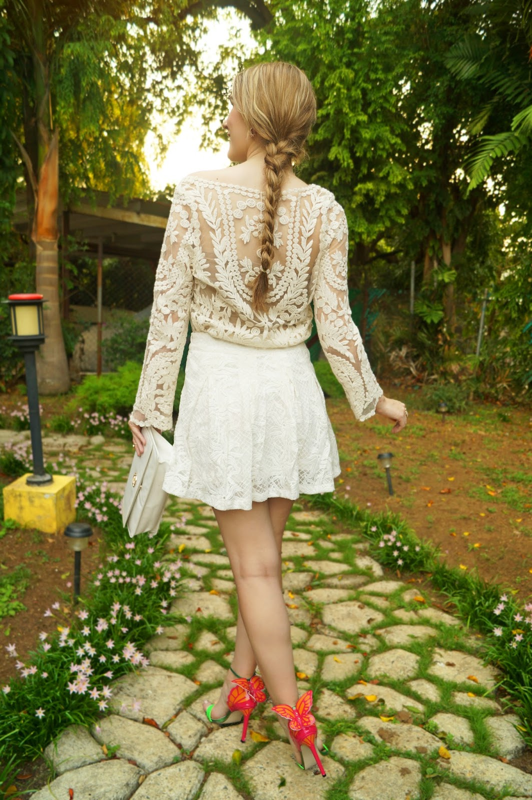 Lovely Spring Outfit in Lace