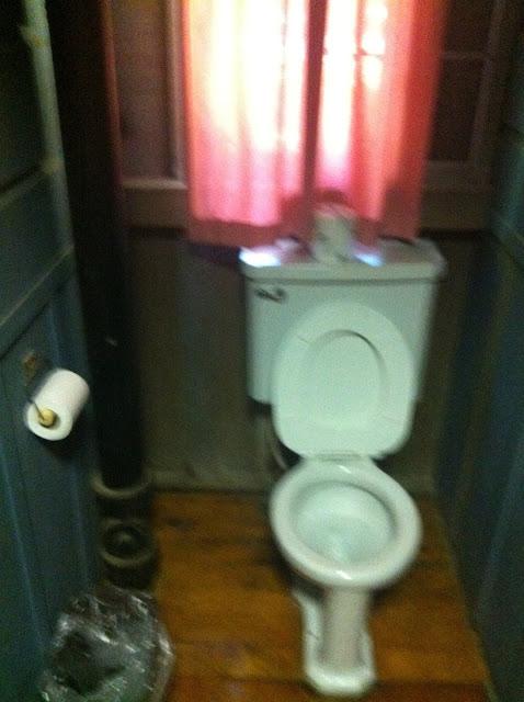woodland cottage bathroom