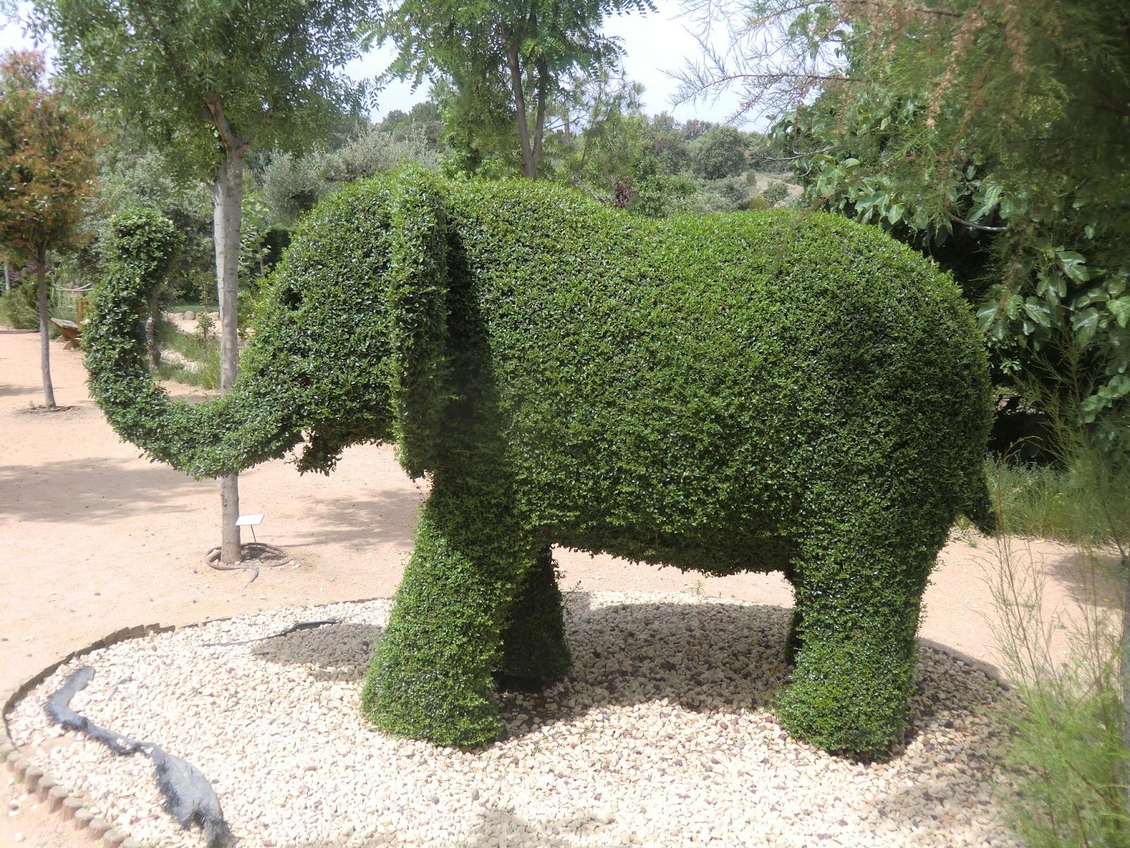 Cadalso vive visitando nuestro entorno - Jardin encantado madrid ...