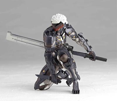 Kaiyodo Revoltech Metal Gear Rising Revengence Raiden Figure