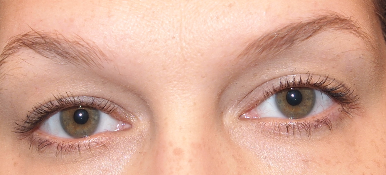 fa9fc782e26 Me with one coat of Neutrogena Healthy Volume Mascara on. Told you there  were eyelashes there.