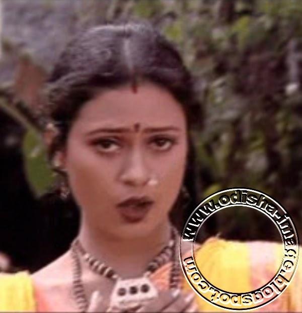 Lipi in yellow saree odia celebrities for Archita ghosh