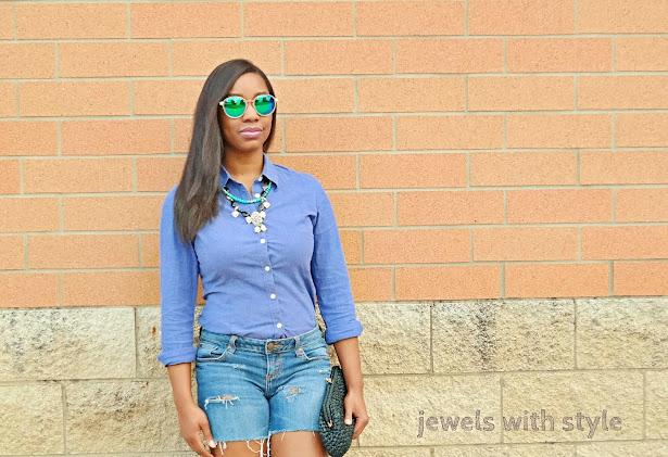 distressed denim outfits, summer denim outfits, jean outfits for summer, button up shirt outfit, ripped jean shorts, ripped jean shorts outfit, gladiator sandals, vince camuto sandals, black gladiator sandals, how to wear gladiator sandals, jewels with style, columbus blogger, black fashion blogger