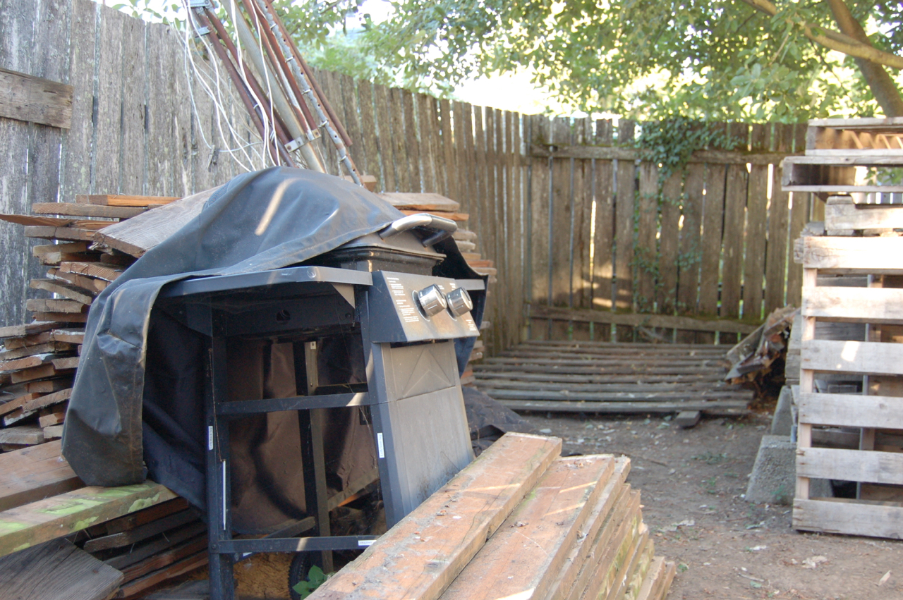 Secondhand goods rental backyard down to dirt part 2 for Wood piling foundation