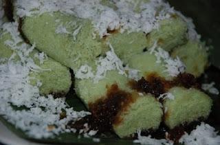 Resep Kue Putu Aren Bambu Enak Dan Praktis