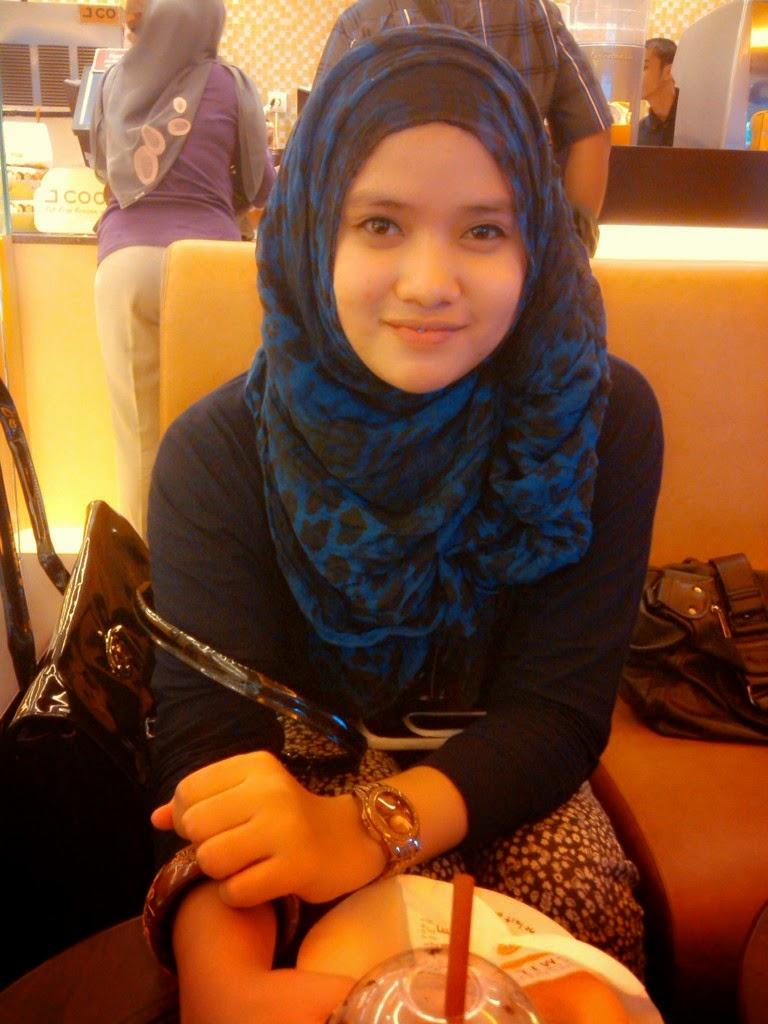 Kisah Sukses Pengusaha Online Muda Indonesia Inspiratif 2014