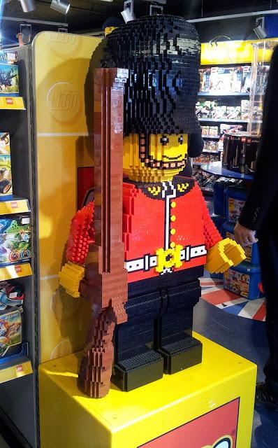 Hamleys, London, Toys, soldier