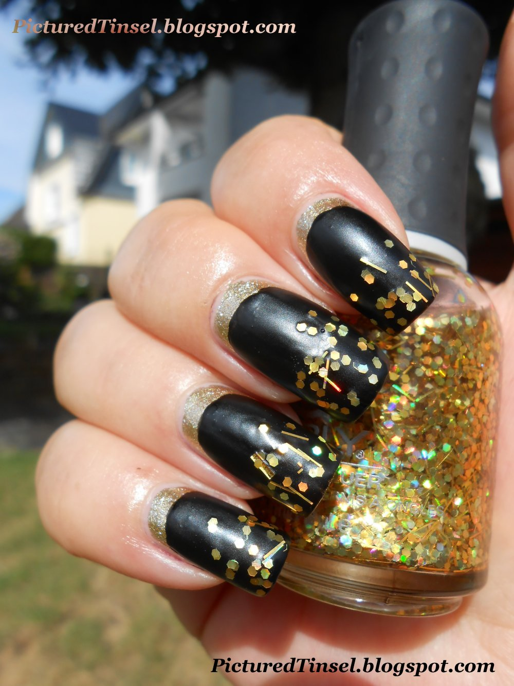 PicturedTinsel: Experiment - Ruffian Manicure in 3 Varianten