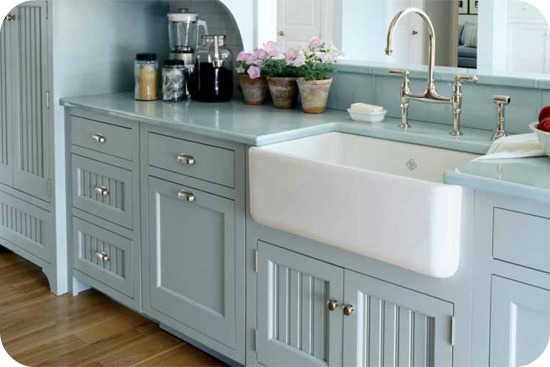 Kitchen Sink Farm Style : Farmhouse Sinks, Outdoor Spaces and Claw Foot Soaking Tubs