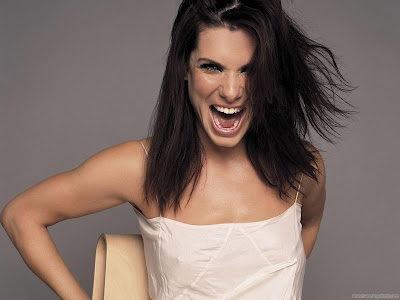 Glamorous Celebrity Sandra Bullock Wallpaper