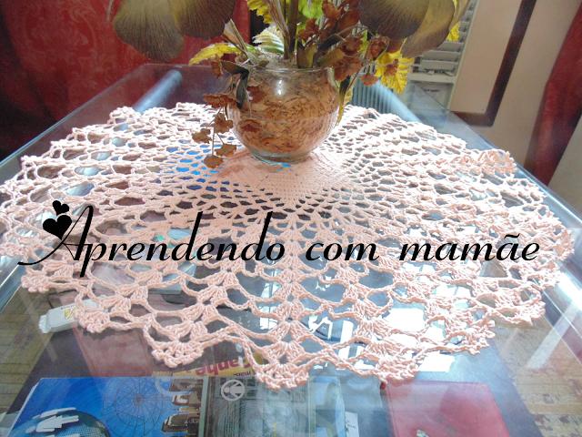 crochê, centro de mesa em crochê, agulha milward, linha anne, revista tramas e pontos, gráfico, trabalho, toalha, goma POX