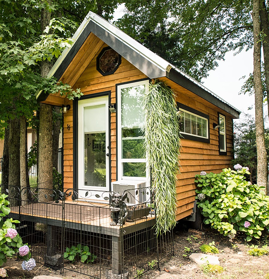 Build Tiny House